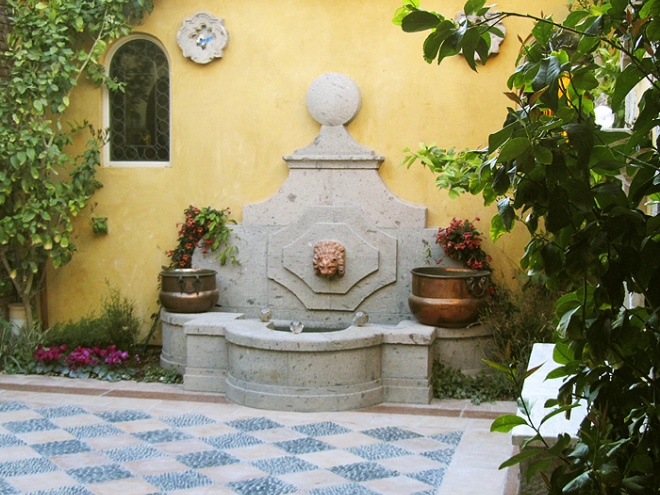 Courtyard fountain.