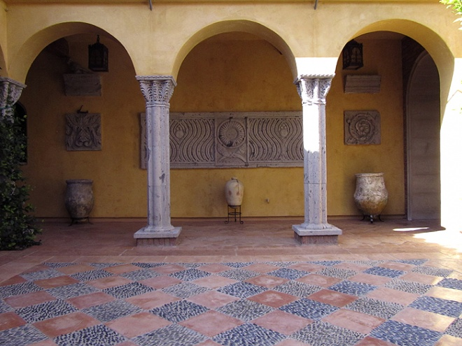 Courtyard with sculpted stones decoration in venetian style.