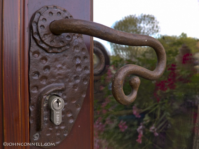 Wrought iron hardware design - Maneta hierro forjado.